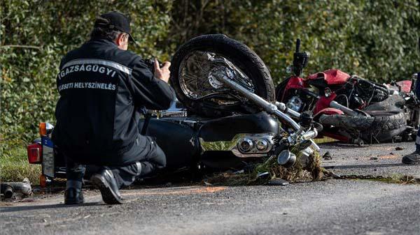 """""""Borzalmas volt az egész, mint egy rémálom"""" – egy fogyatékos kisfiú és 3 lány gyászolja azt a házaspárt, aki egy részeg sofőr miatt halt meg motorbalesetben"""