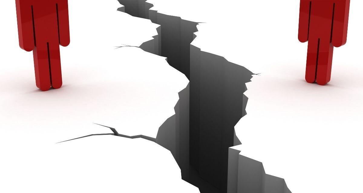 Videón a horvátországi földrengés pillanatai, Magyarországon is rezonáltak az ágyak, bútorok