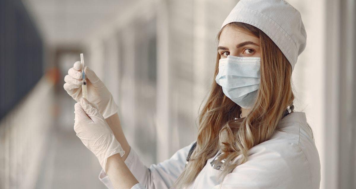 Tényleg elindult a vakcinainfó portál, megnéztük mi is