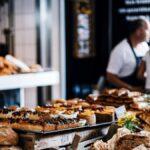 Hoppá: jófejségből jelesre vizsgázott ez a pékség – Olvasónk így jutott friss sajtos pogácsához az idősek vásárlási idősávjában