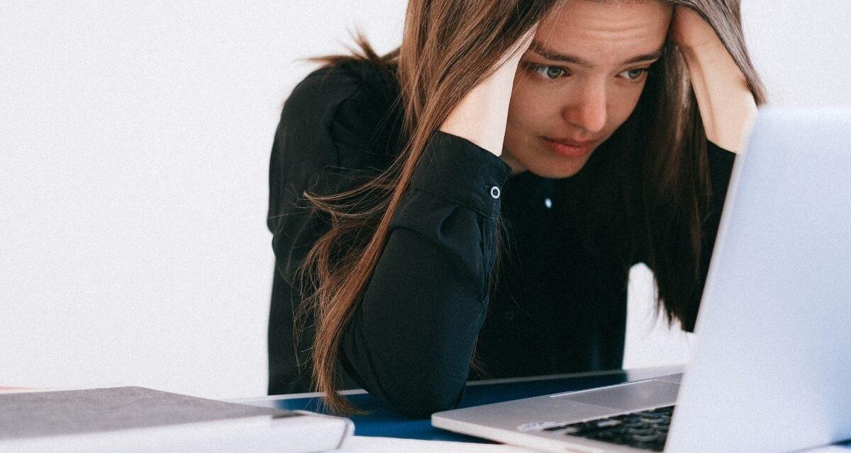 Egyre jobban rettegünk? Csúcsokat dönget a munkanélküliségtől való félelem