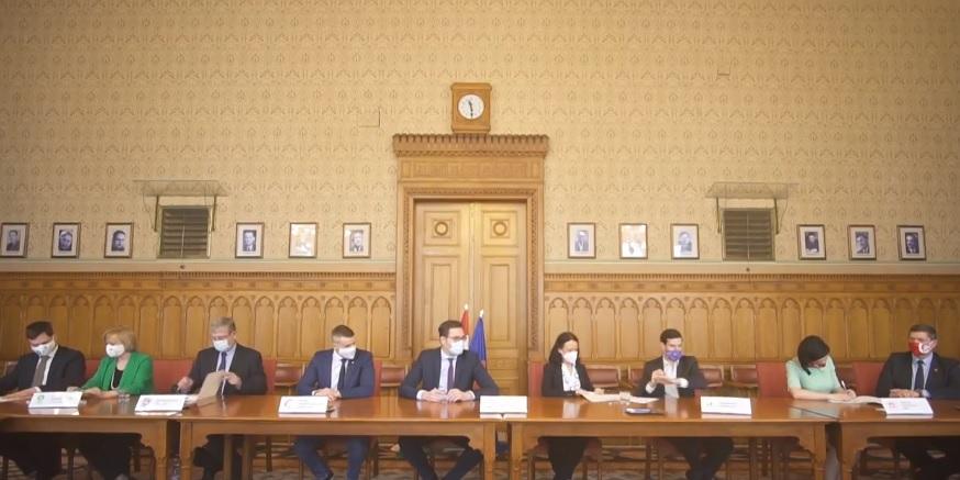 Megállapodtak a közös kormányzás alapelveiről az ellenzéki pártok – Mutatjuk a 6 pontos dokumentumot