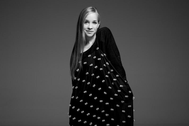 Érzelmi állapotok, hangulatok, dráma, feszültség – Interjú Harcsa Veronikával, a magyar zenei élet egyik legsokoldalúbb énekesével