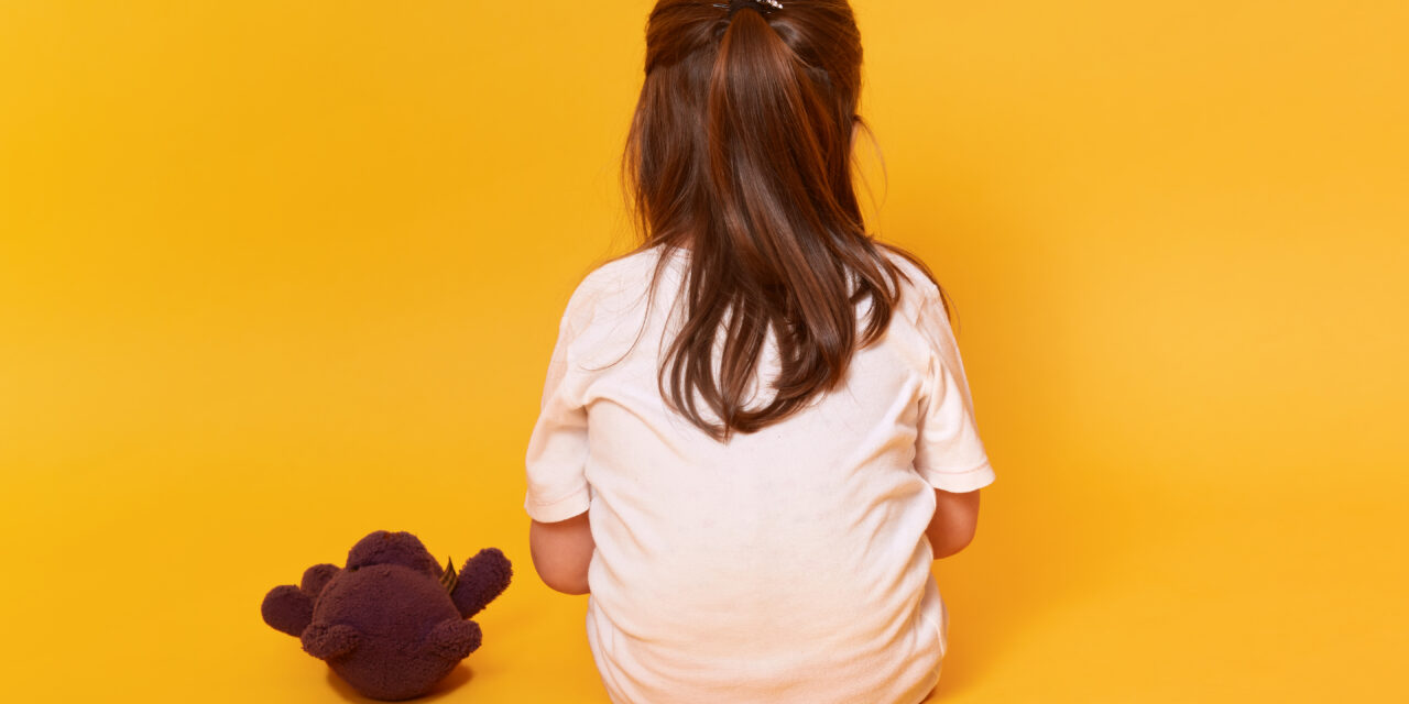 Így árulták el a 6 éves kislánynak, hogy szülei a covid áldozatai lettek – A család nemrég költözött új házba, tervezték a jövőt