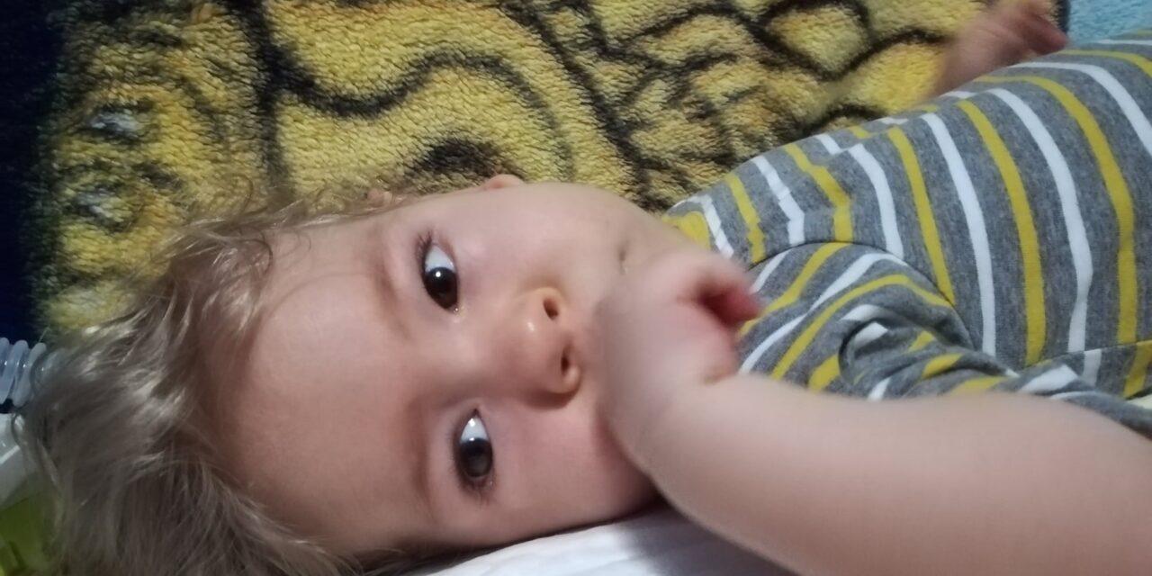 Hihetetlen összefogás: újabb SMA-s kisfiúnak jött össze a 700 millió forint  a világ legdrágább gyógyszerére – Zsombi is új esélyt kapott