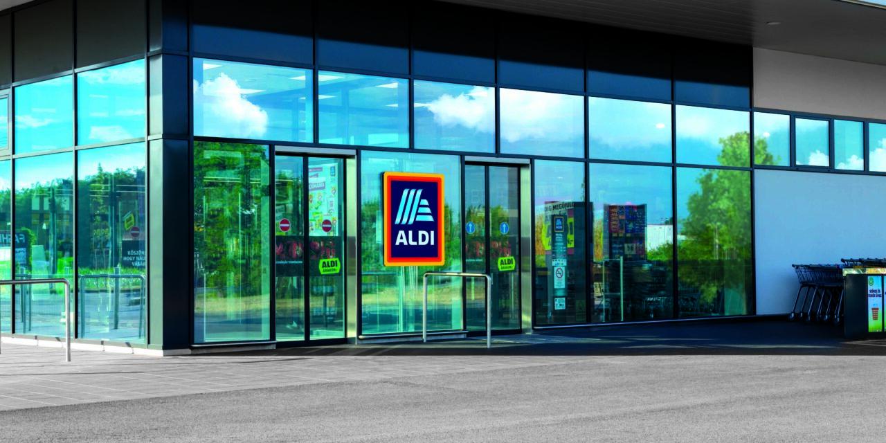 Elképesztő újítással állt elő az ALDI – Ez most sokakat érint