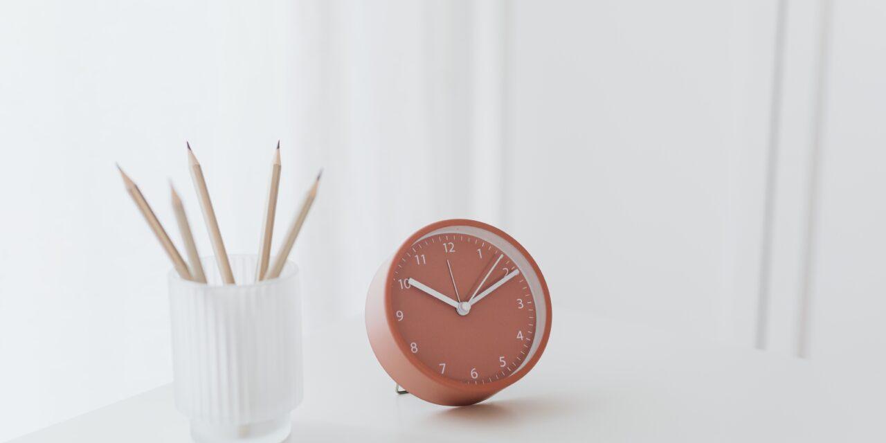 Ne feledd! Vasárnap óraátállítás – Ezt kell tudni róla!