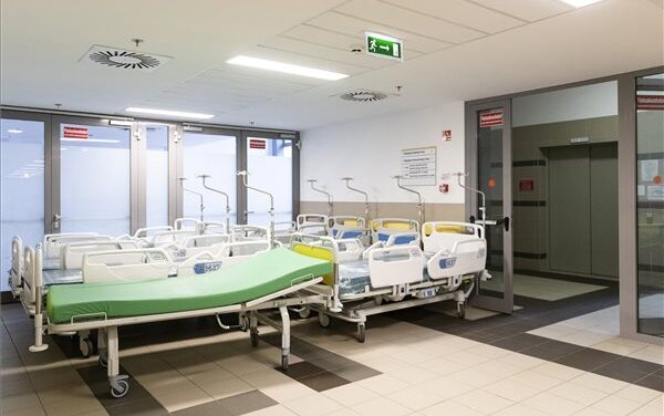 291 áldozatot követelt a koronavírus itthon, közben közel 3 millió ember kapott már oltást