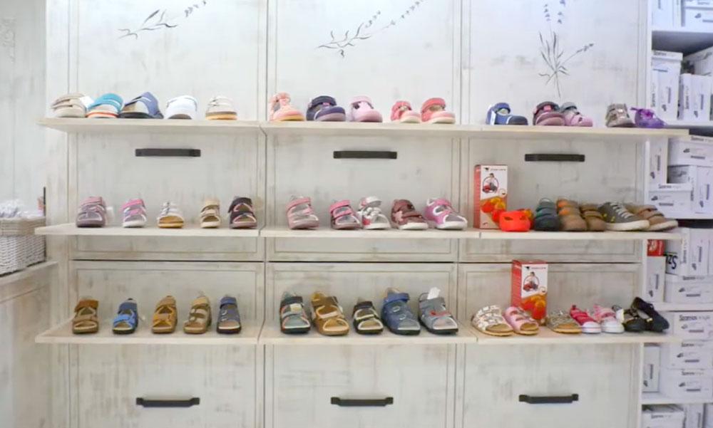 Supinált gyerekcipők az egészséges lábért, a láb megfelelő fejlődéséért