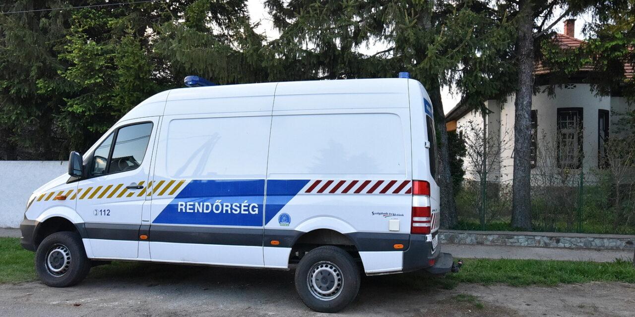Kirabolták Kásler Miklóst, a betörők az ablakon jutottak be a miniszter házába