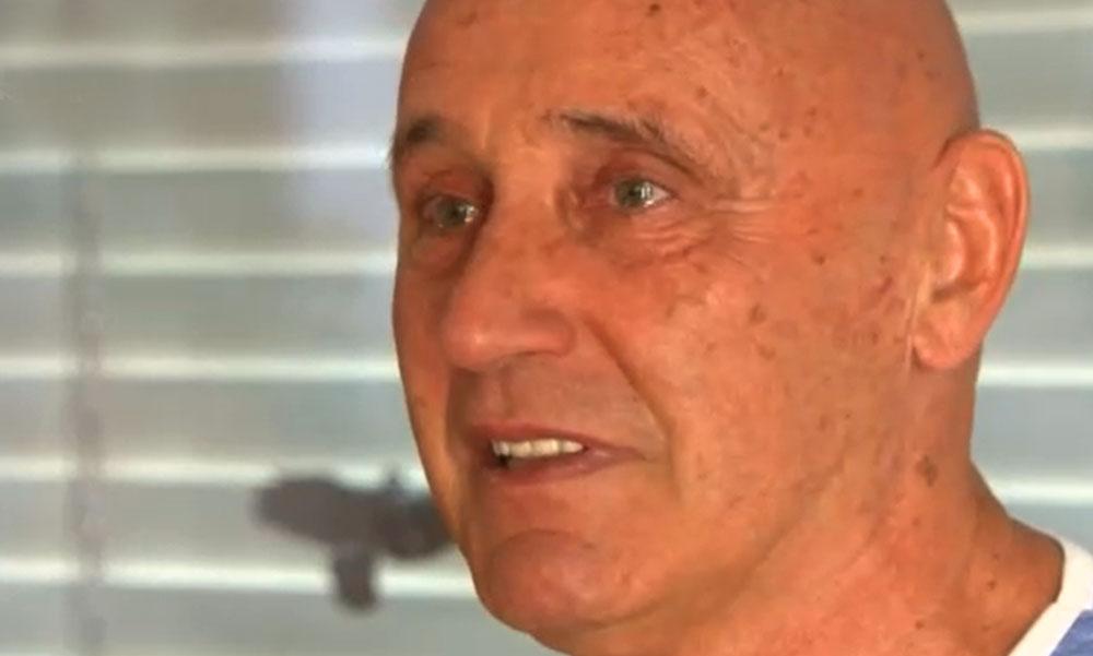 """""""Bőgni szeretnék a boldogságtól"""" – budajenői házában lepték meg barátai a 70 éves Pataki Attilát"""