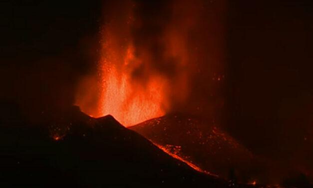 Kitört egy vulkán a Kanári-szigeteken, sok magyar is van a helyszínen, nézd meg élőben a vulkánkitörést!